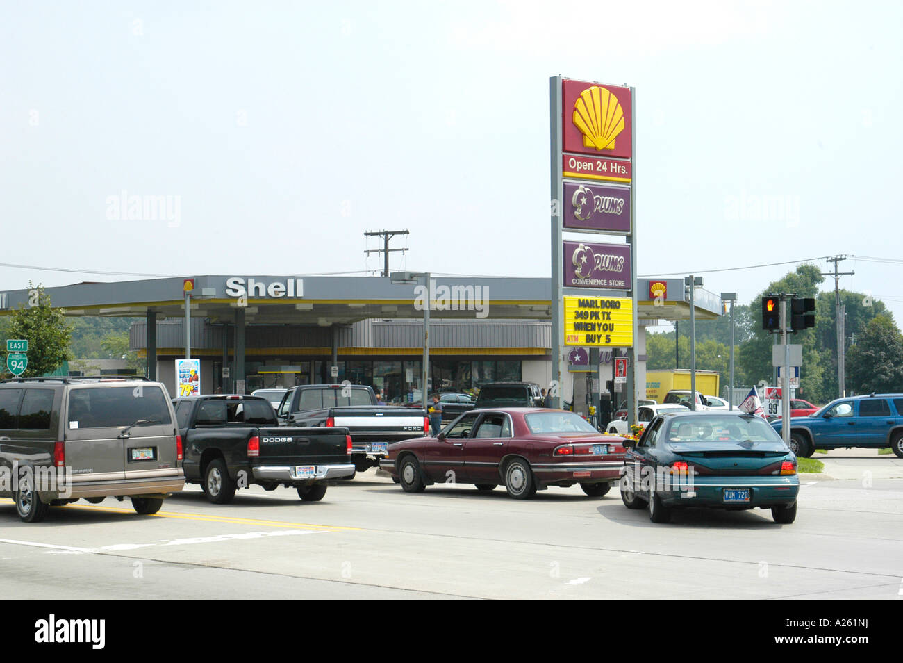 Long lines form at gas station during gasoline shortage Stock Photo