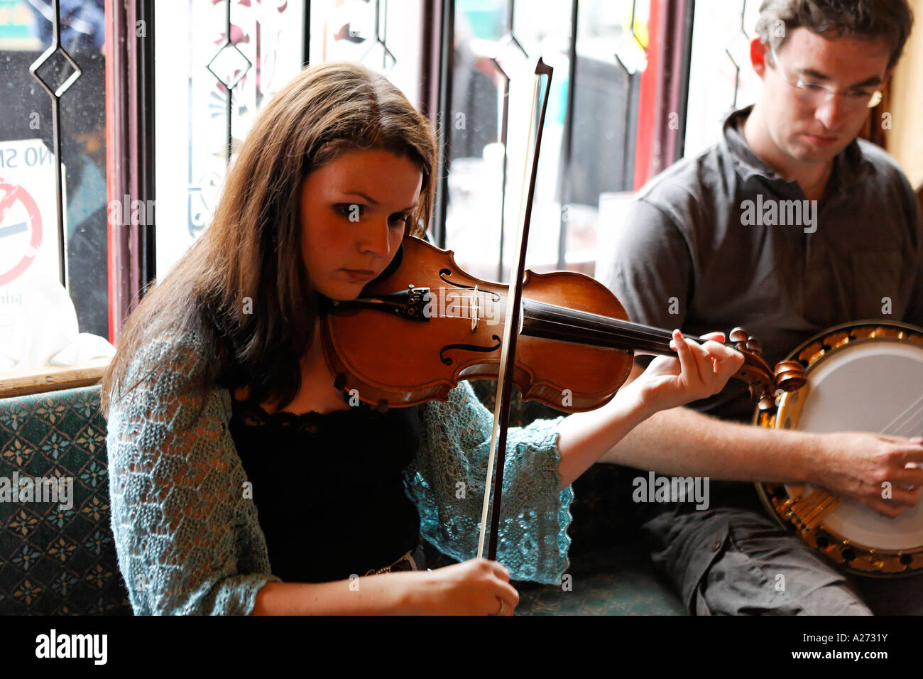 Live music sessions are a fixed part in the irish pub culture, Galway, Galway, Ireland - Stock Image