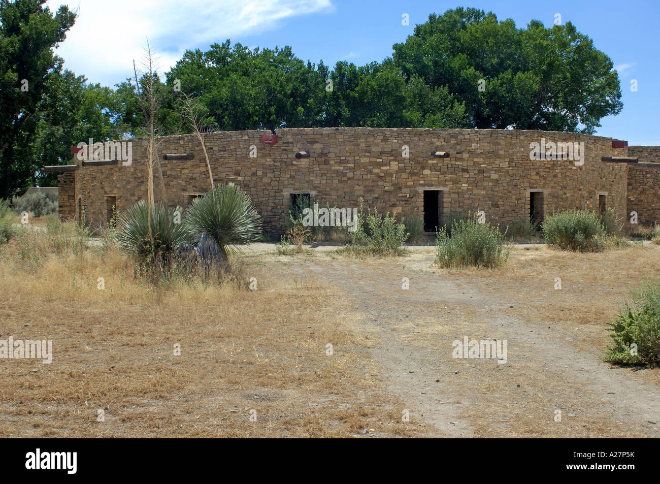 Anasazi/Ancestral Puebloan great kiva reconstructed at Aztec National Monument New Mexico. Digital photograph - Stock Image