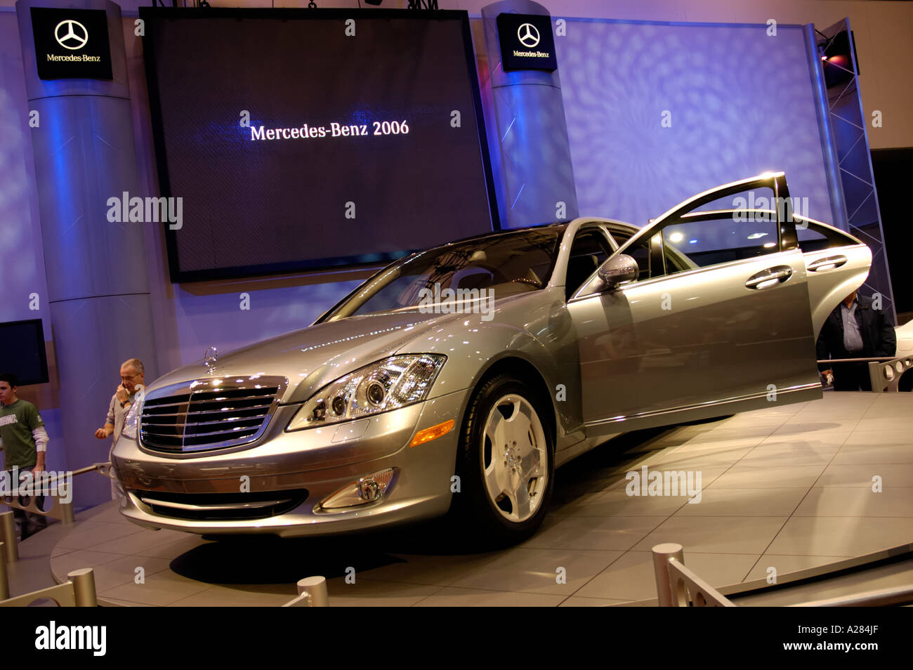 Southern California Los Angeles Convention Center International Auto Show Mercedes Benz luxury sedan 2006 model Stock Photo