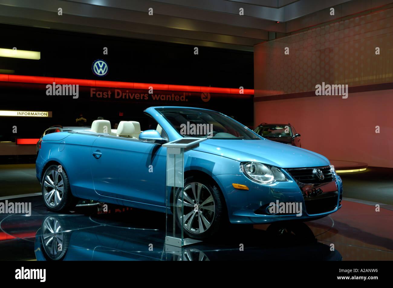 Blue Volkswagen Eos Convertible Stock Photos Blue Volkswagen Eos - Eos car show