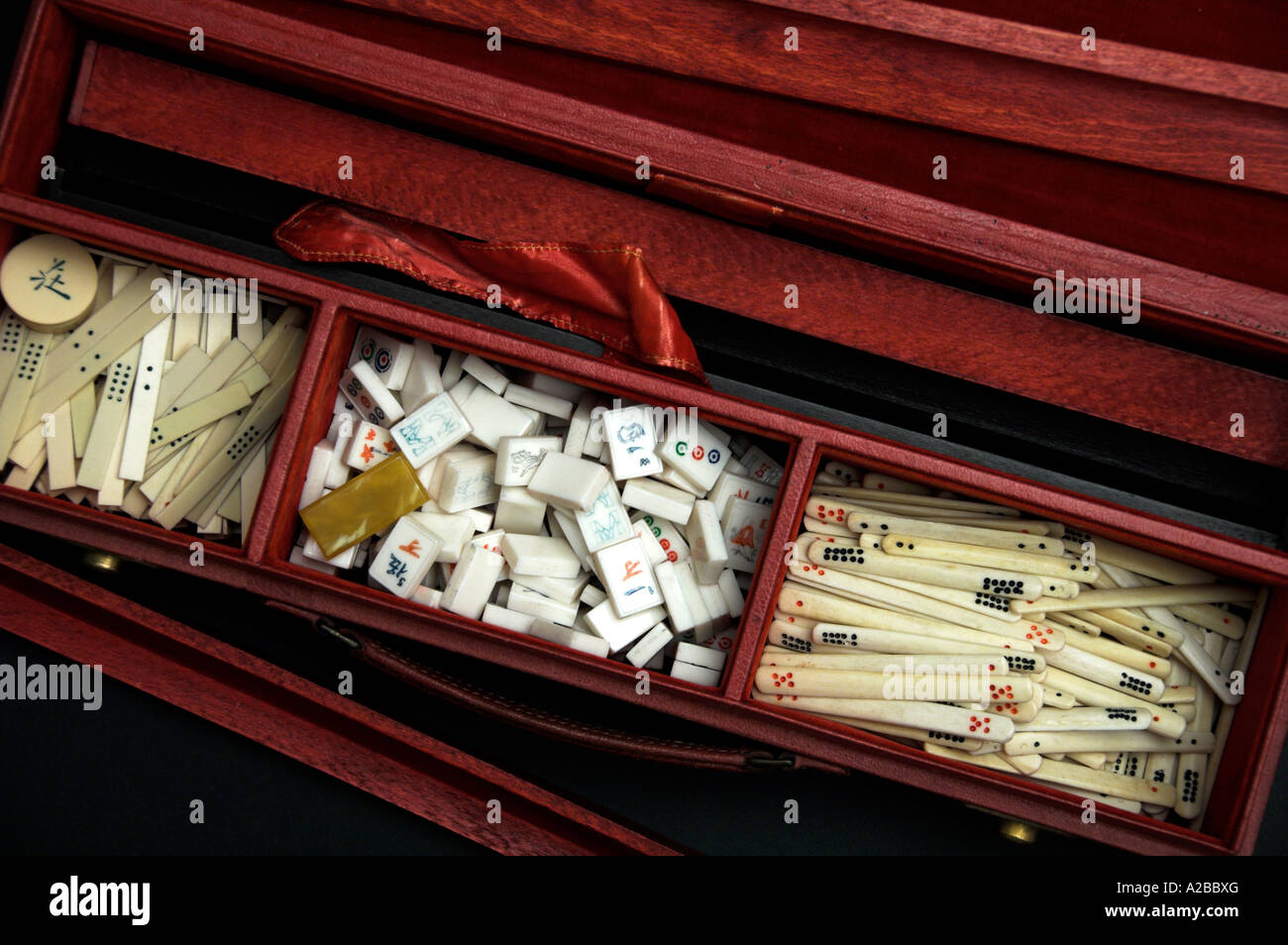 An early 20th century MahJong Set - Stock Image