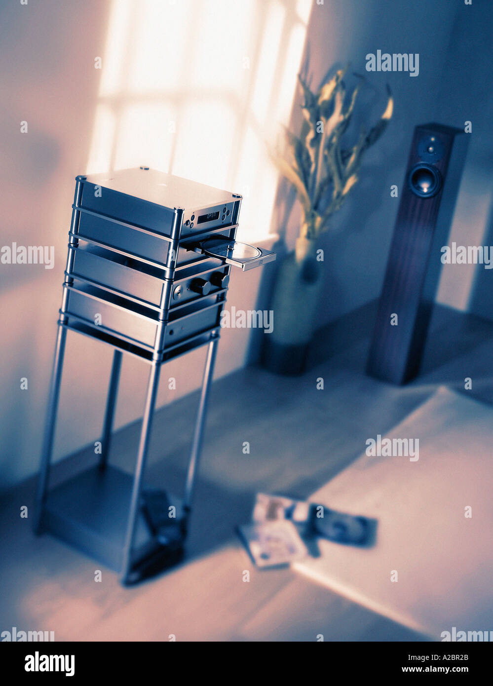 EXPENSIVE HI FI SYSTEM IN LUXURY FLAT - Stock Image