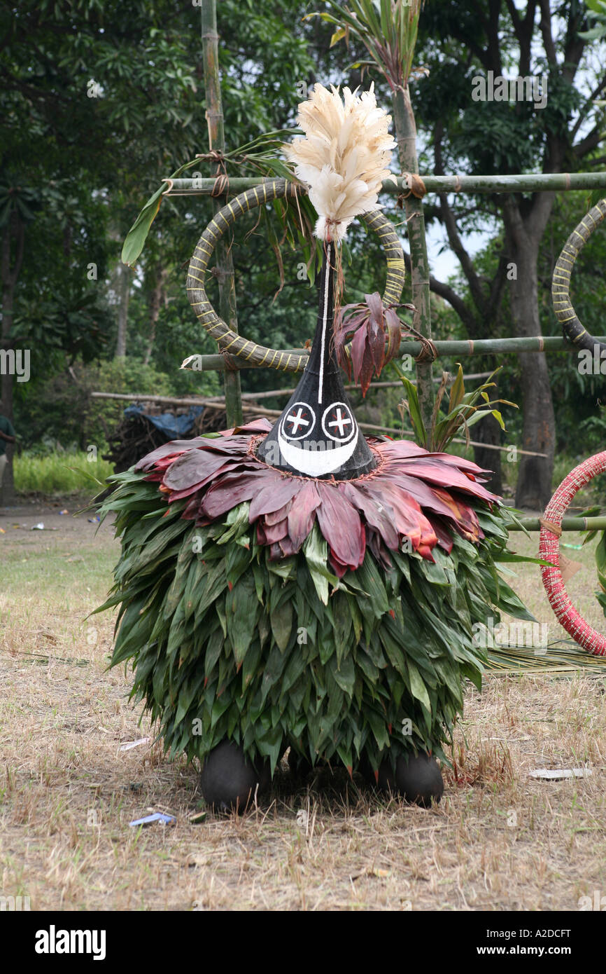 A Tubuan performs at a Tolai Death Ceremony, Matupit Island, East New Britain, Papua - Stock Image