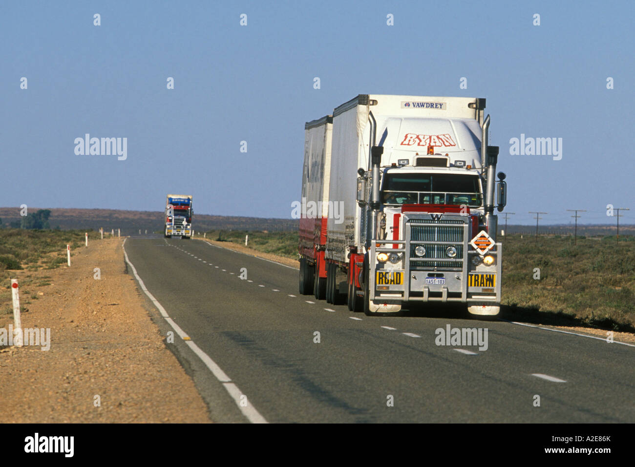 Road train on the on the remote and sparsely populated Barrier Highway in South Australia - Stock Image
