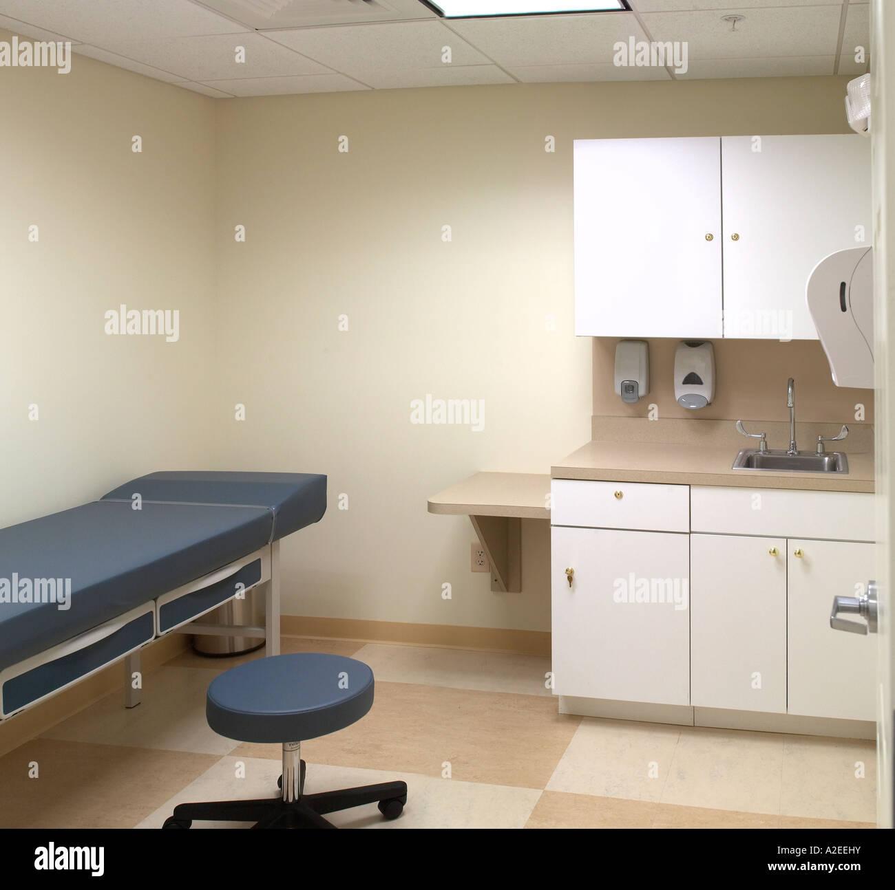 A Doctors Office Exam Room Empty Nobody   Stock Image