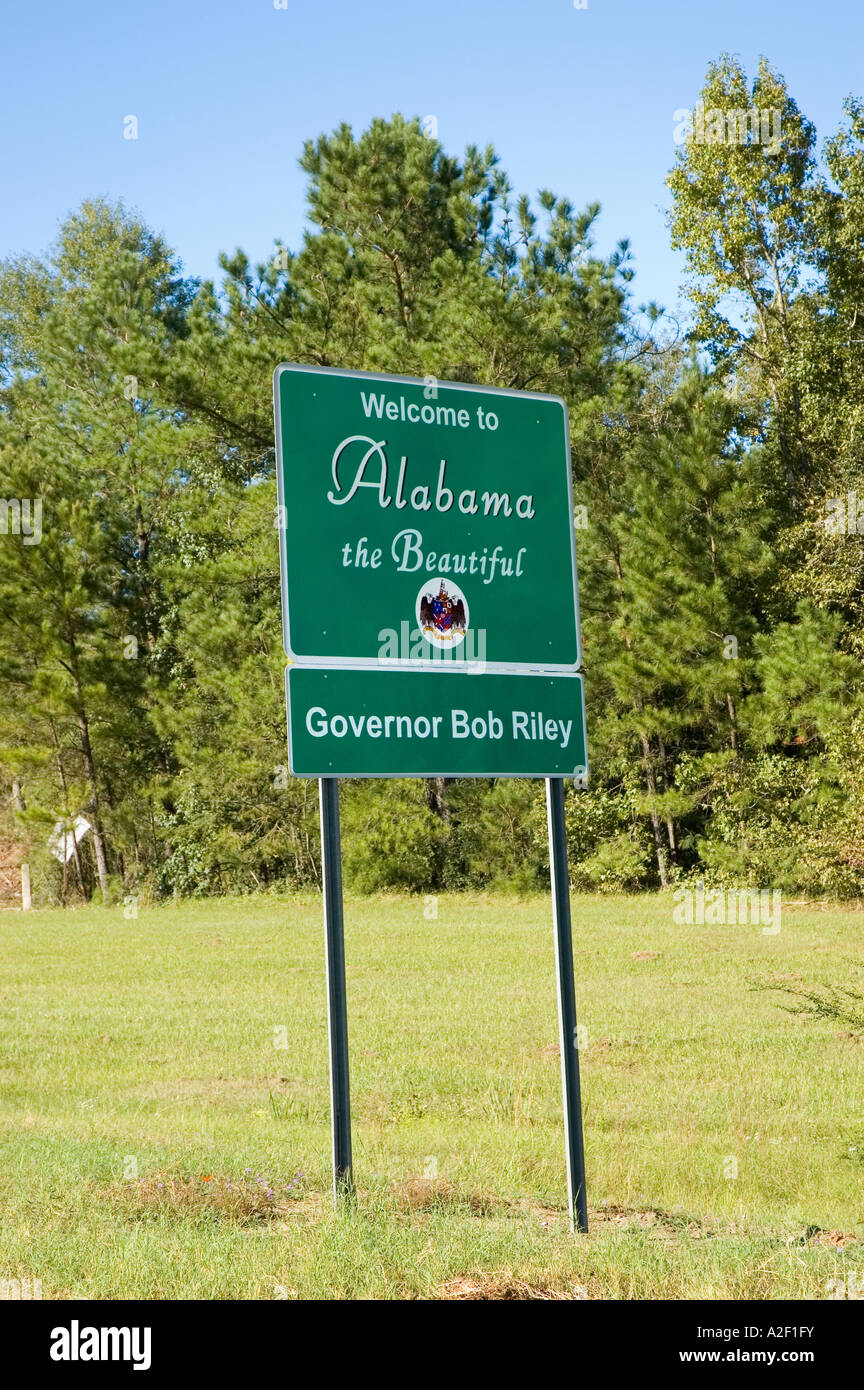 P32 155 Welcome To Alabama Sign - Stock Image