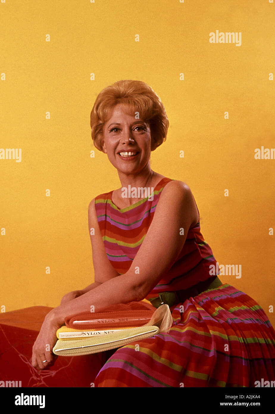eef14e346 Dinah Shore Stock Photos & Dinah Shore Stock Images - Alamy