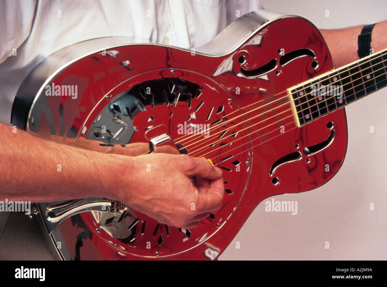 Mid 1930s Style O resonator guitar similar to that used by Mark Knopfler - Stock Image
