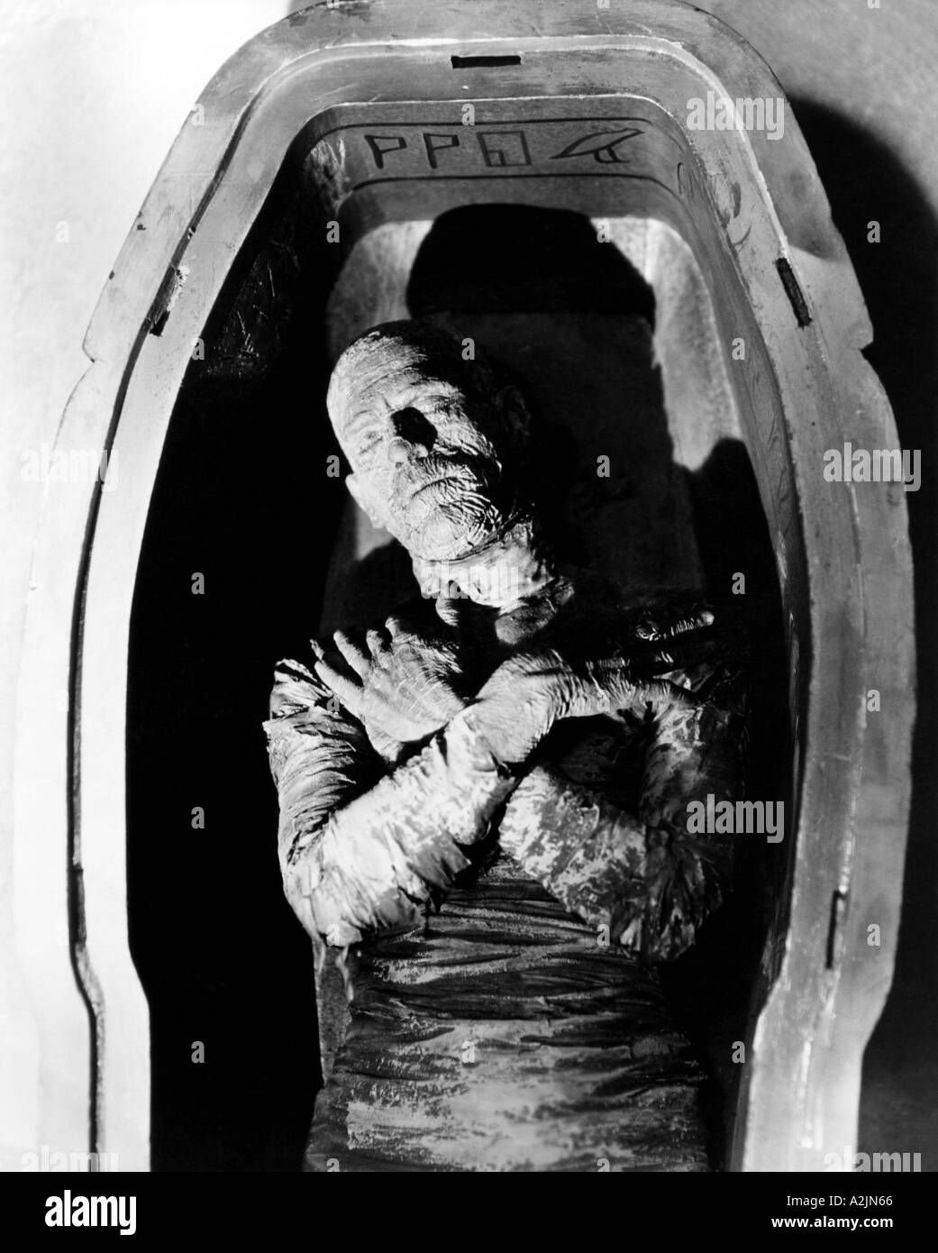 Image result for images of the mummy boris karloff
