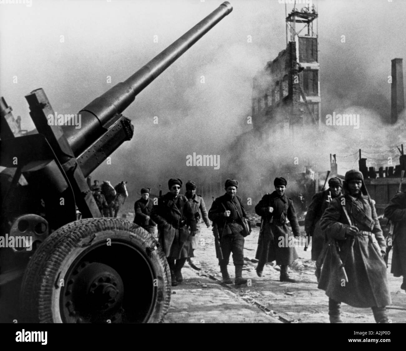 WW2 RUSSIAN troops in the centre of Danzig March 1945 Stock Photo