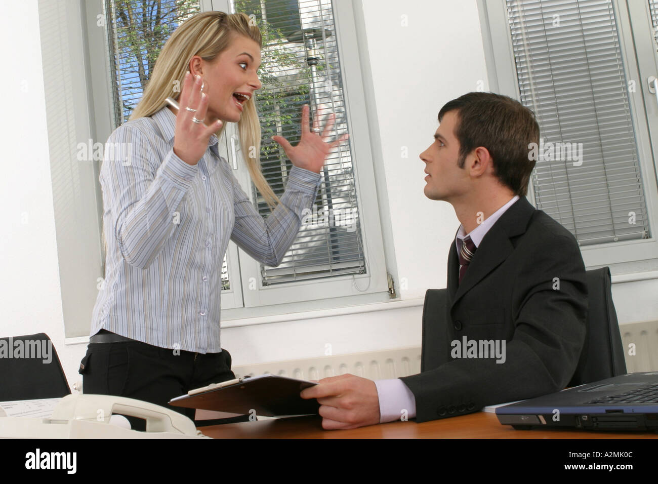 Two employees in office Zwei Angestellte im Buero Stock Photo
