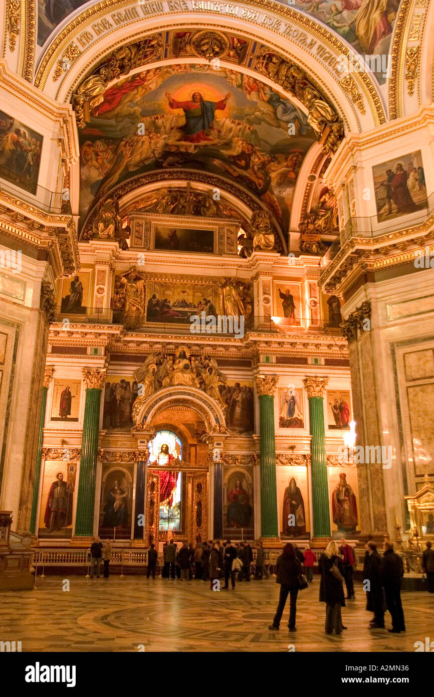 GUS Russia St Petersburg Isaak Cathedrale Middle Ship and the Main Ikonostas of the Isaak Cathedrale with Believers Stock Photo