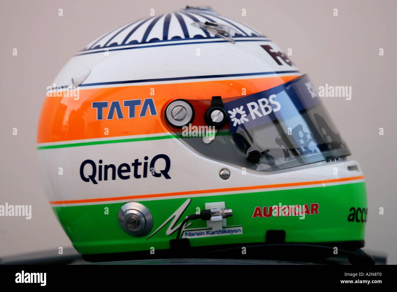 The helmet of Narain Karthikeyan IND Williams Cosworth FW27 Formula One Testing 14 17 12 05 Jerez Spain - Stock Image