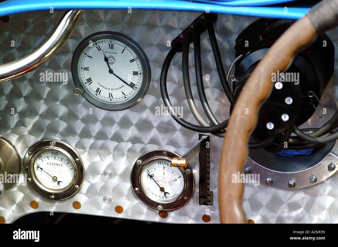 Historic racing car dashboard - Stock Image
