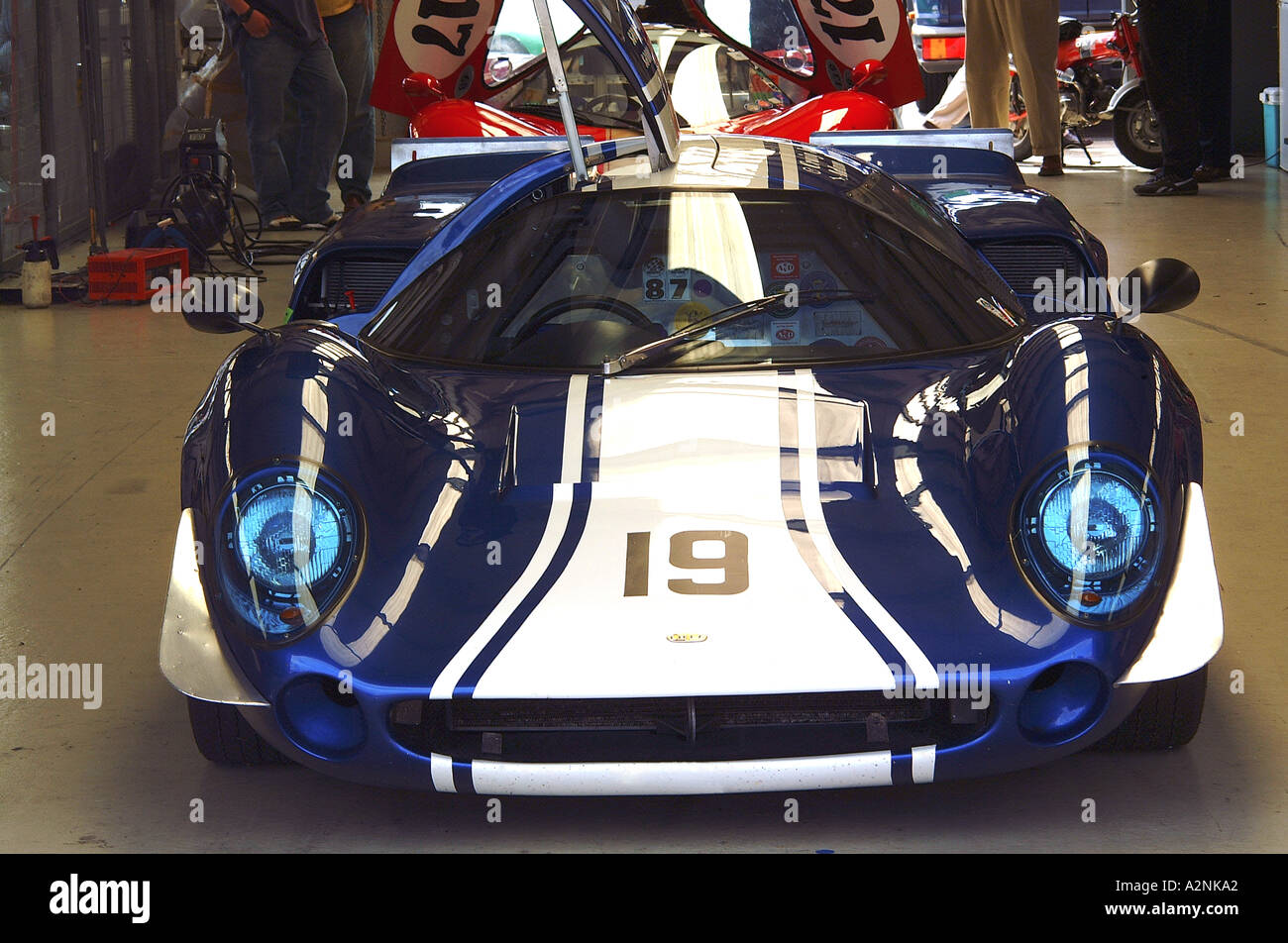 Ford GT40 historic racing car - Stock Image