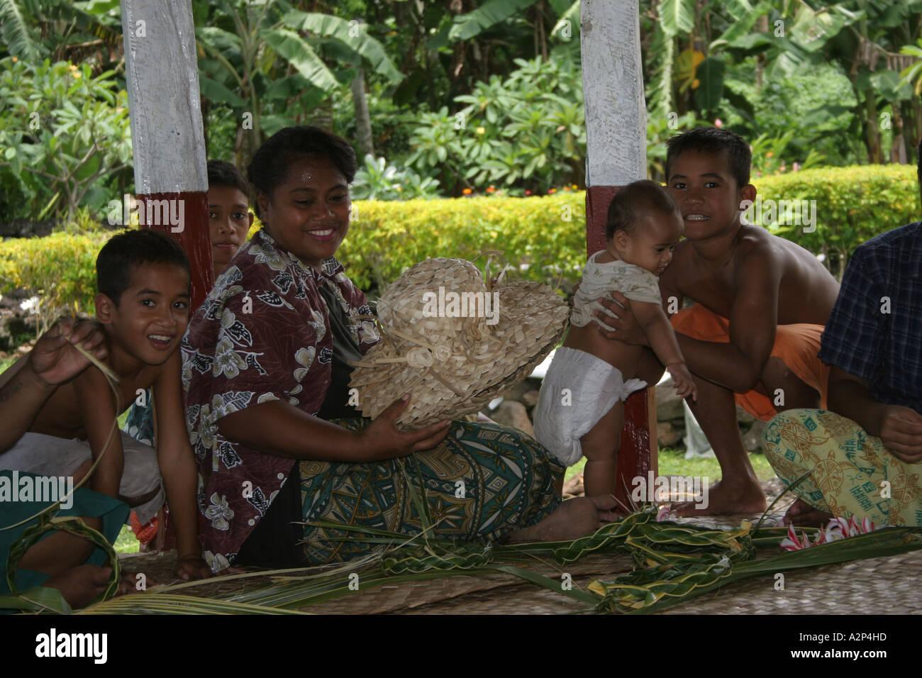 Samoan Family Stock Photos & Samoan Family Stock Images - Alamy