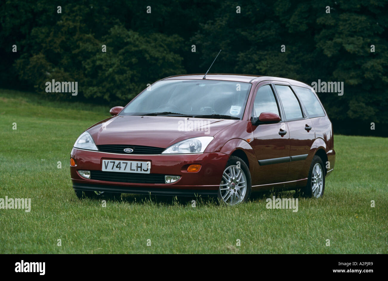 Ford Focus Estate Model Years 1998 To 2001 Stock Photo 6042616 Alamy