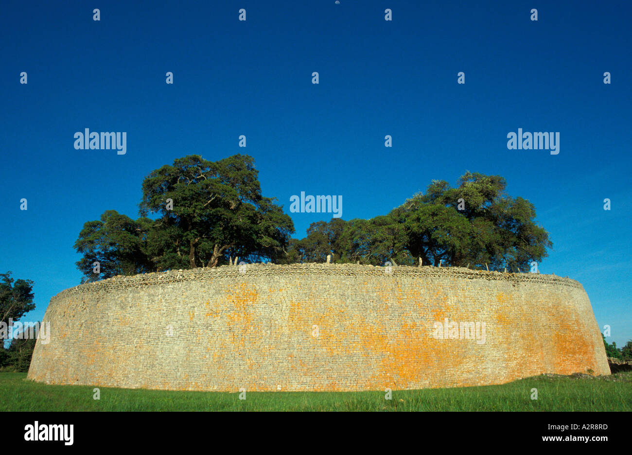 Outer wall of Great Enclosure Great Zimbabwe National Monument - Stock Image
