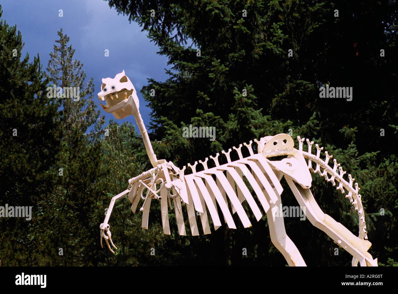 metal dinosaur stock photos metal dinosaur stock images alamy. Black Bedroom Furniture Sets. Home Design Ideas