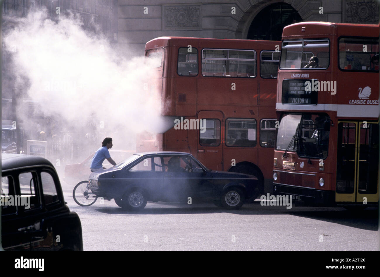traffic air pollution london - Stock Image