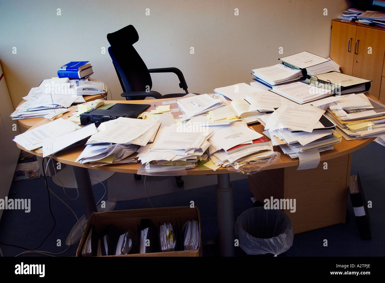 messy desk at office - Stock Image