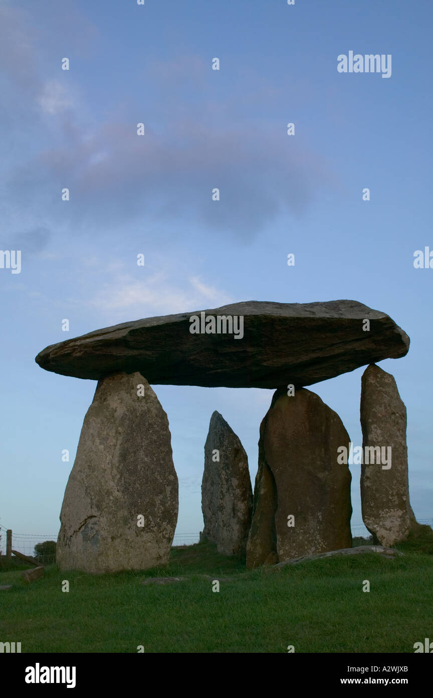 Pentre Ifan Burial Chamber Preseli hills Pembrokeshire National Park Pembrokeshire Wales - Stock Image