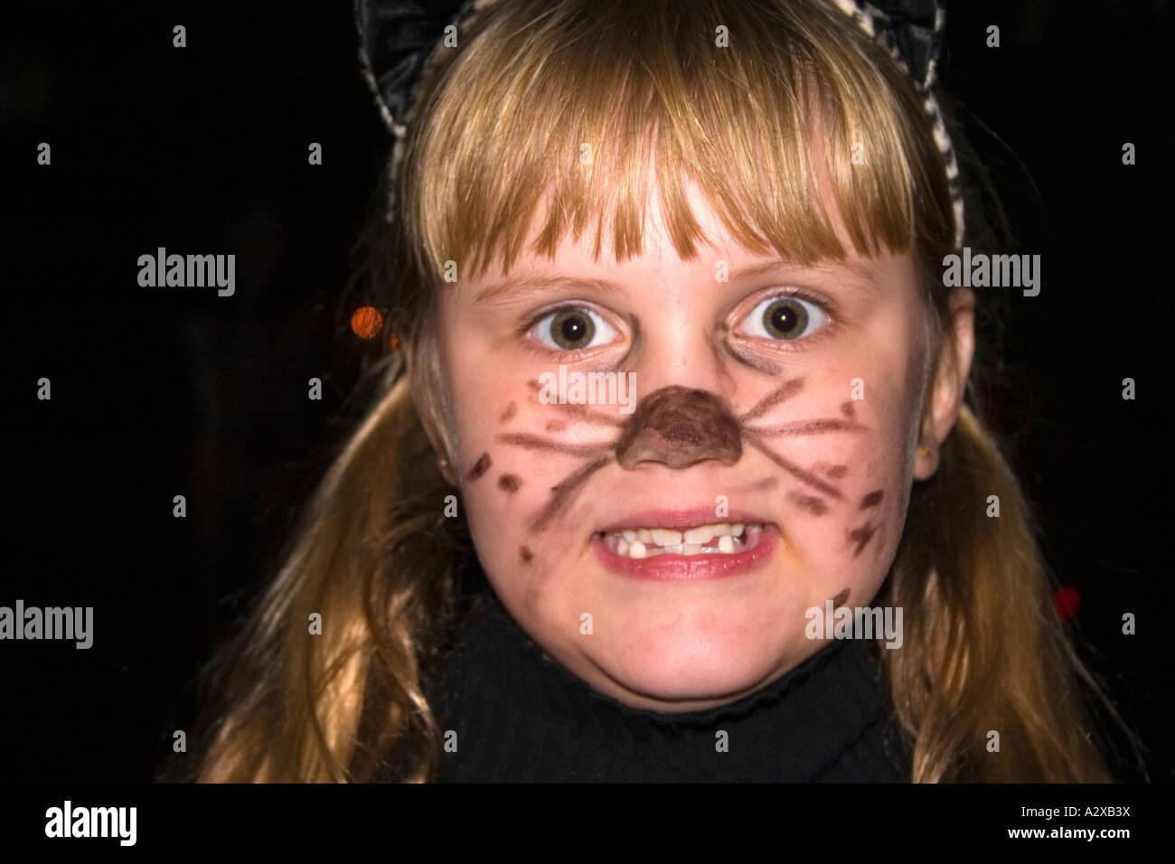 scary halloween cat face stock photos & scary halloween cat face