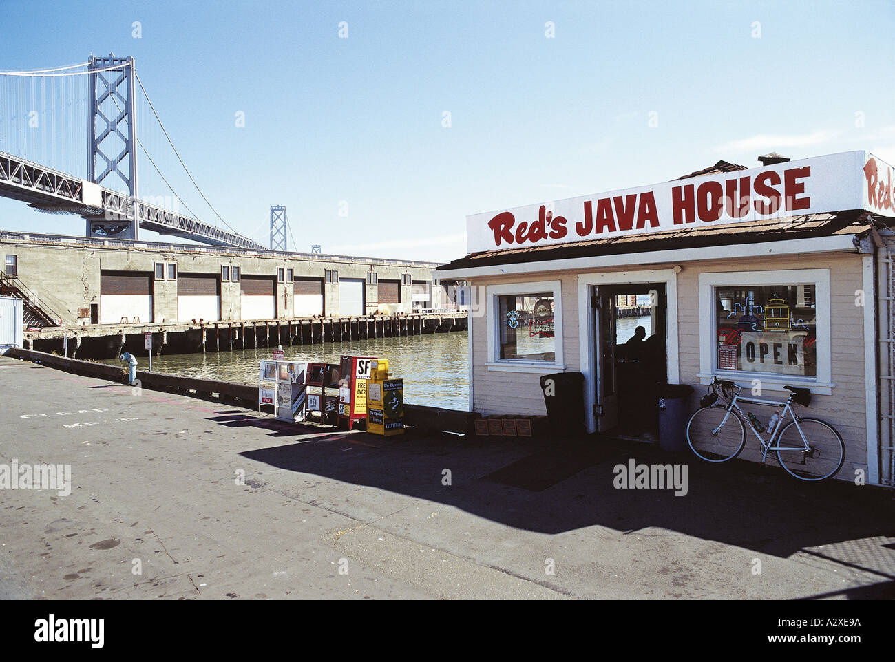 Reds Java House and Hot Dog Shack at Pier 30 - Stock Image