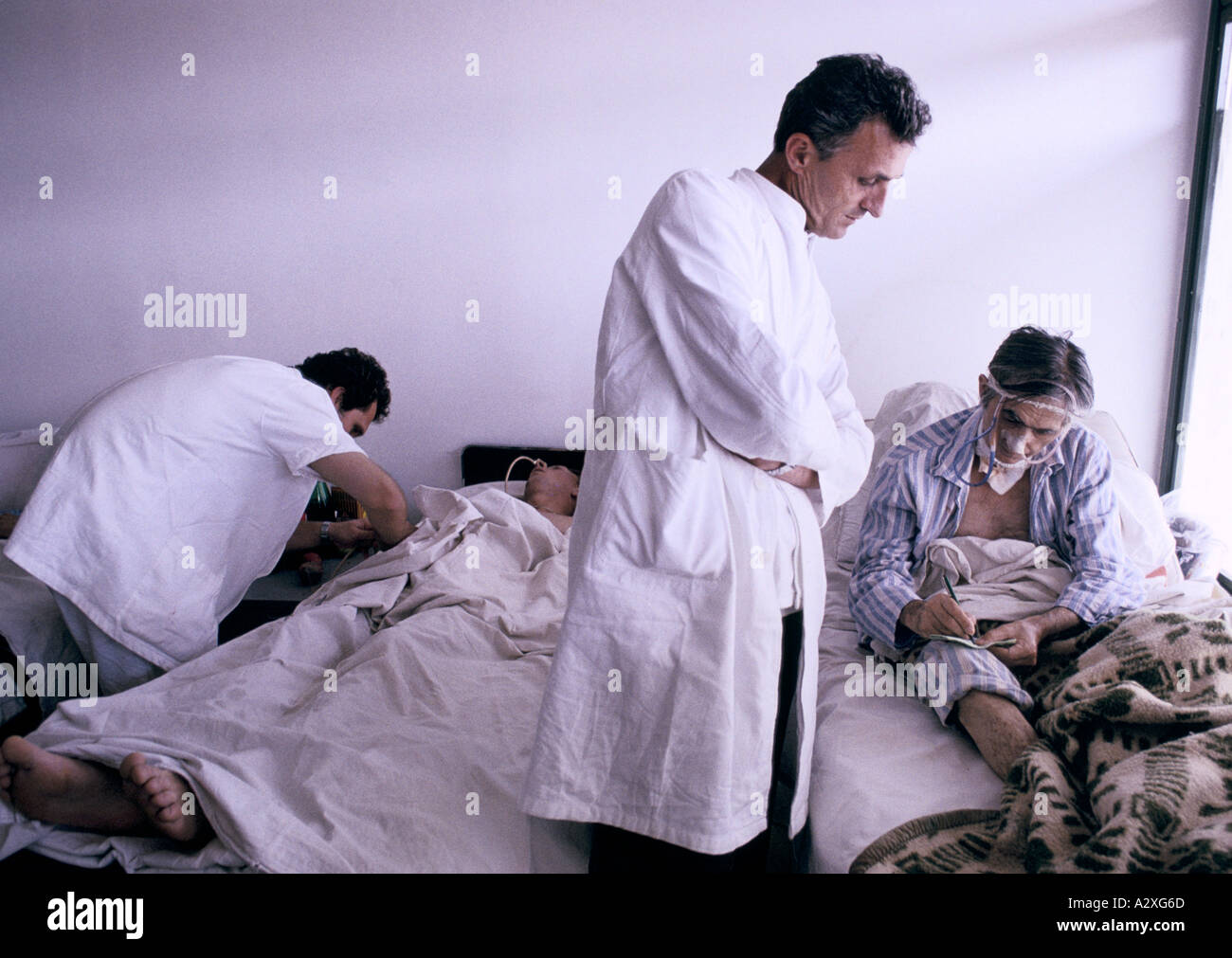 Socolitz, Bosnia, Sept 1992: wounded Bosnian Serb soldiers under treatment in Socolitz hospital Stock Photo