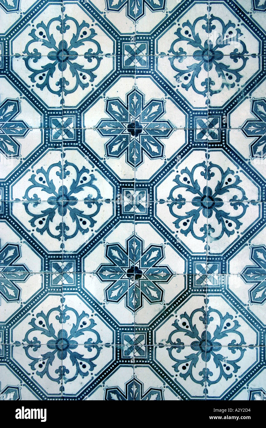 azulejo portugal lisbon Dutch glazed tile wall tile covering ...