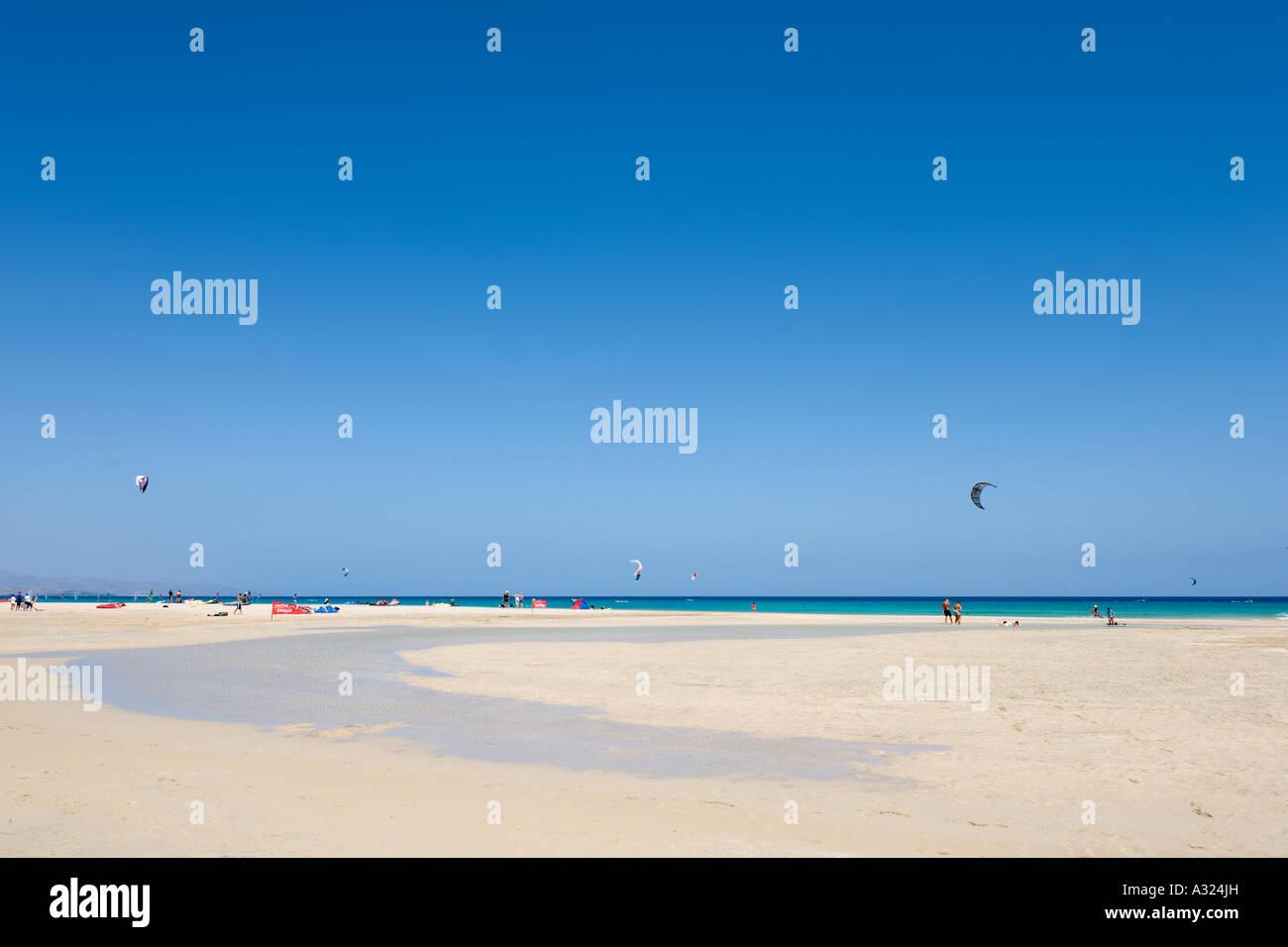 Kitesurfing on Playa Barca beach, Costa Calma, Fuerteventura, Canary Islands, Spain - Stock Image