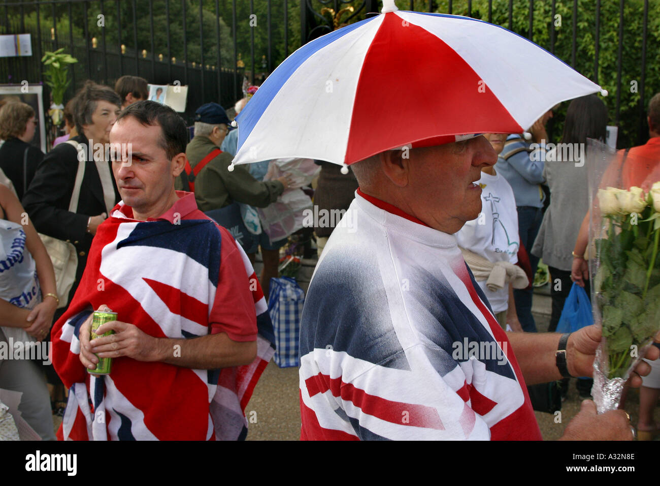 men dressed in union jack clothing mourning death of princess diana - Stock Image