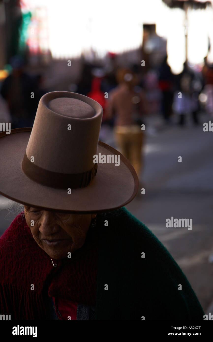big hat old women - Stock Image