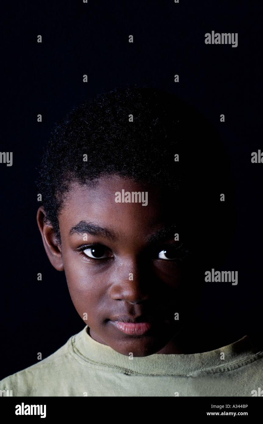 Download 104+ Background Black Kid Gratis