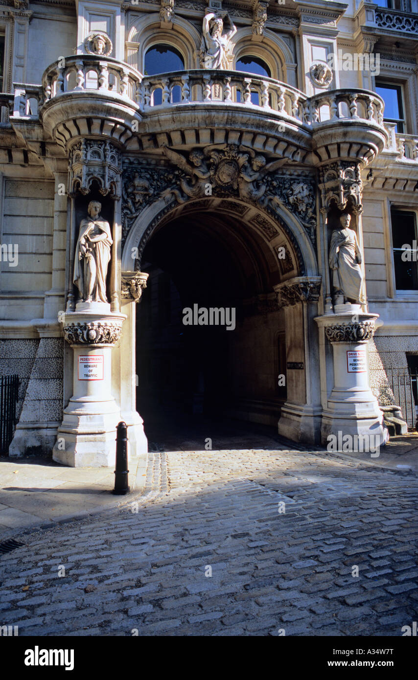 Entrance to The Inns of Court, City of London, London, UK - Stock Image