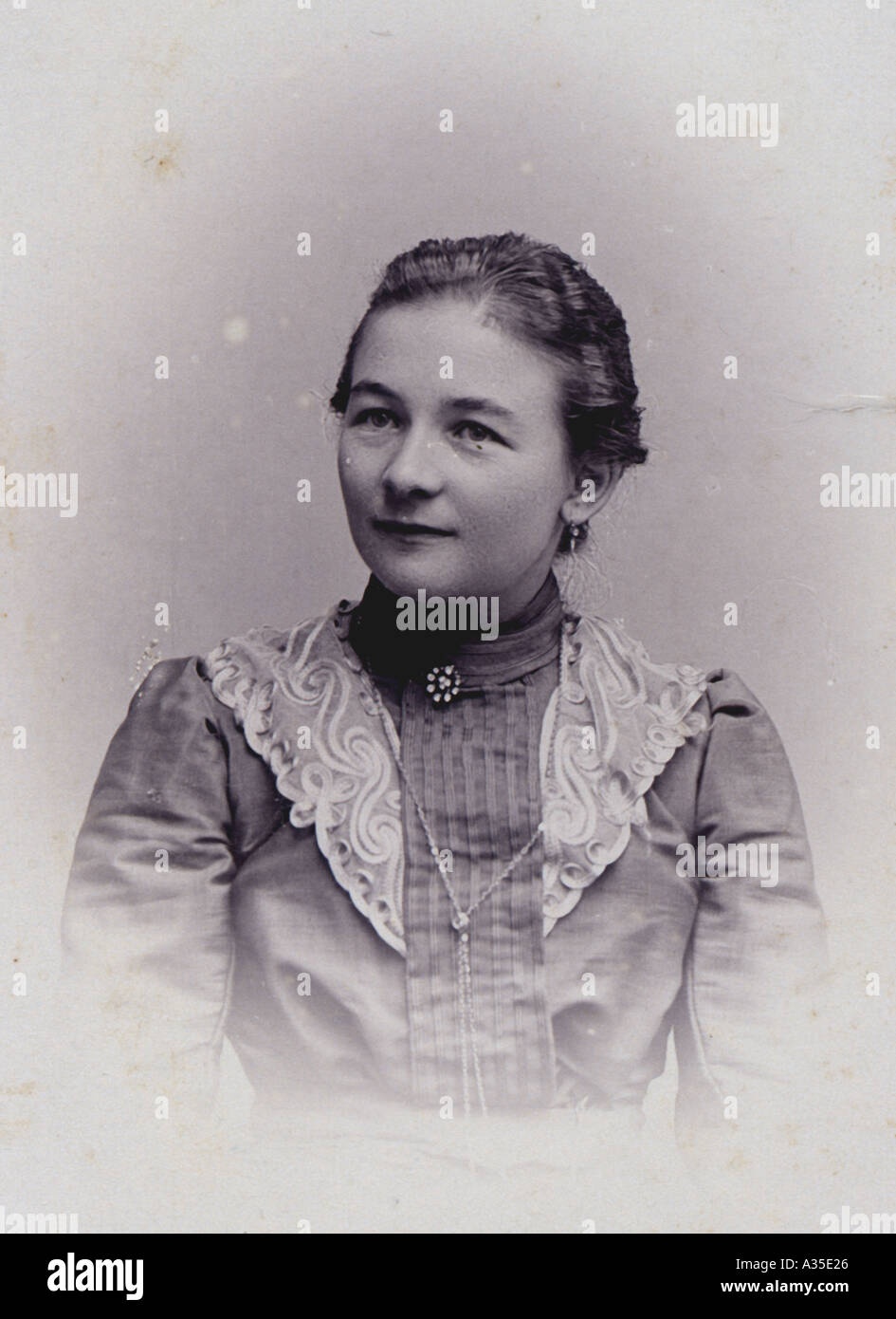portrait of a woman in the year 1902 historical picture ...