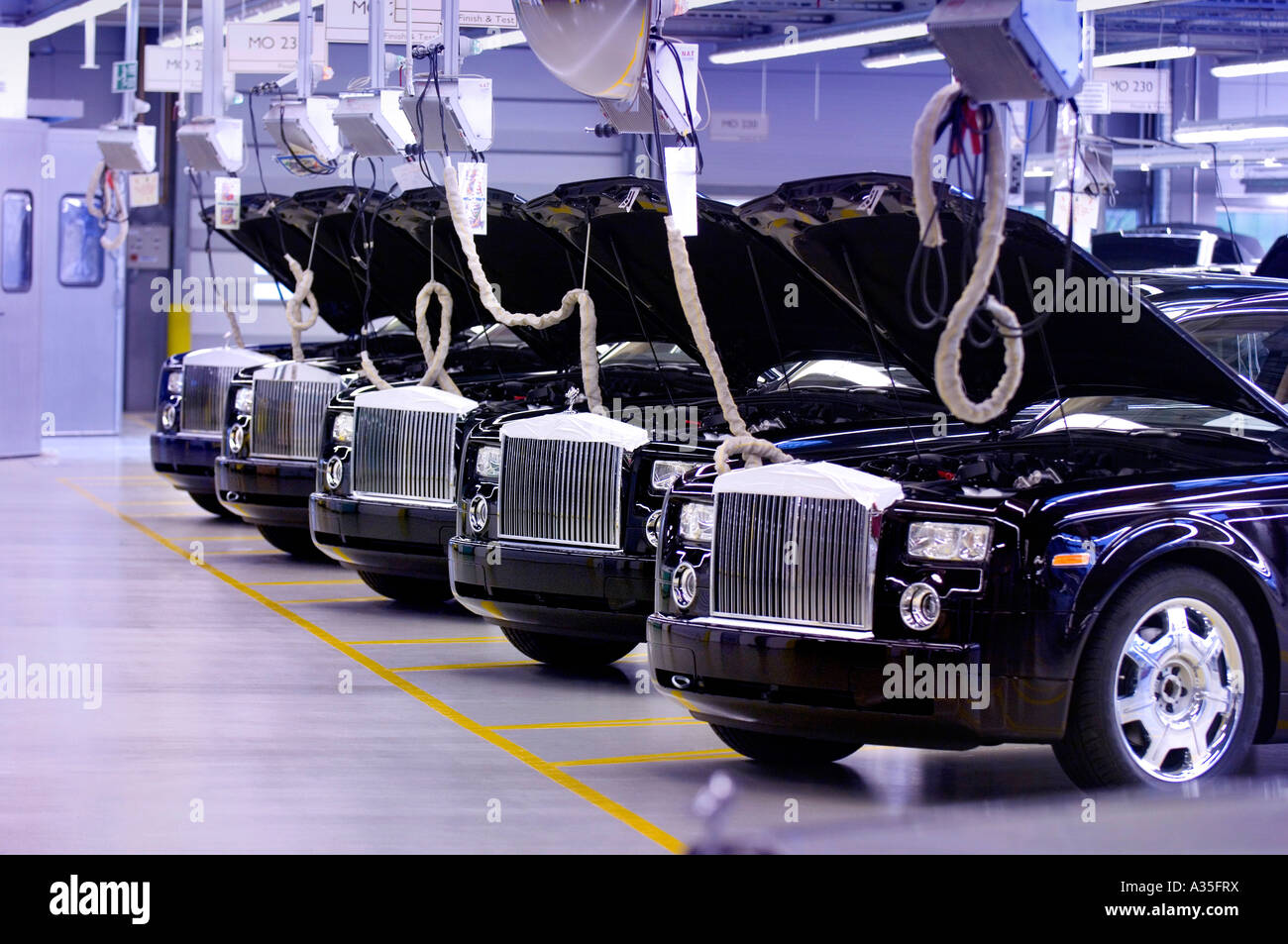 Rolls-Royce Motor Car factory assembly line near Chichester, West Sussex. - Stock Image