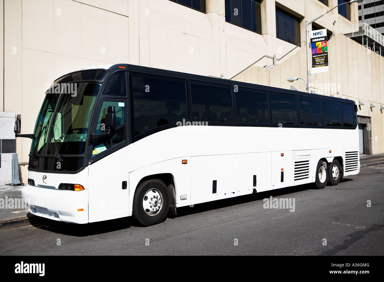 Bus Stock Photo 10686831 Alamy