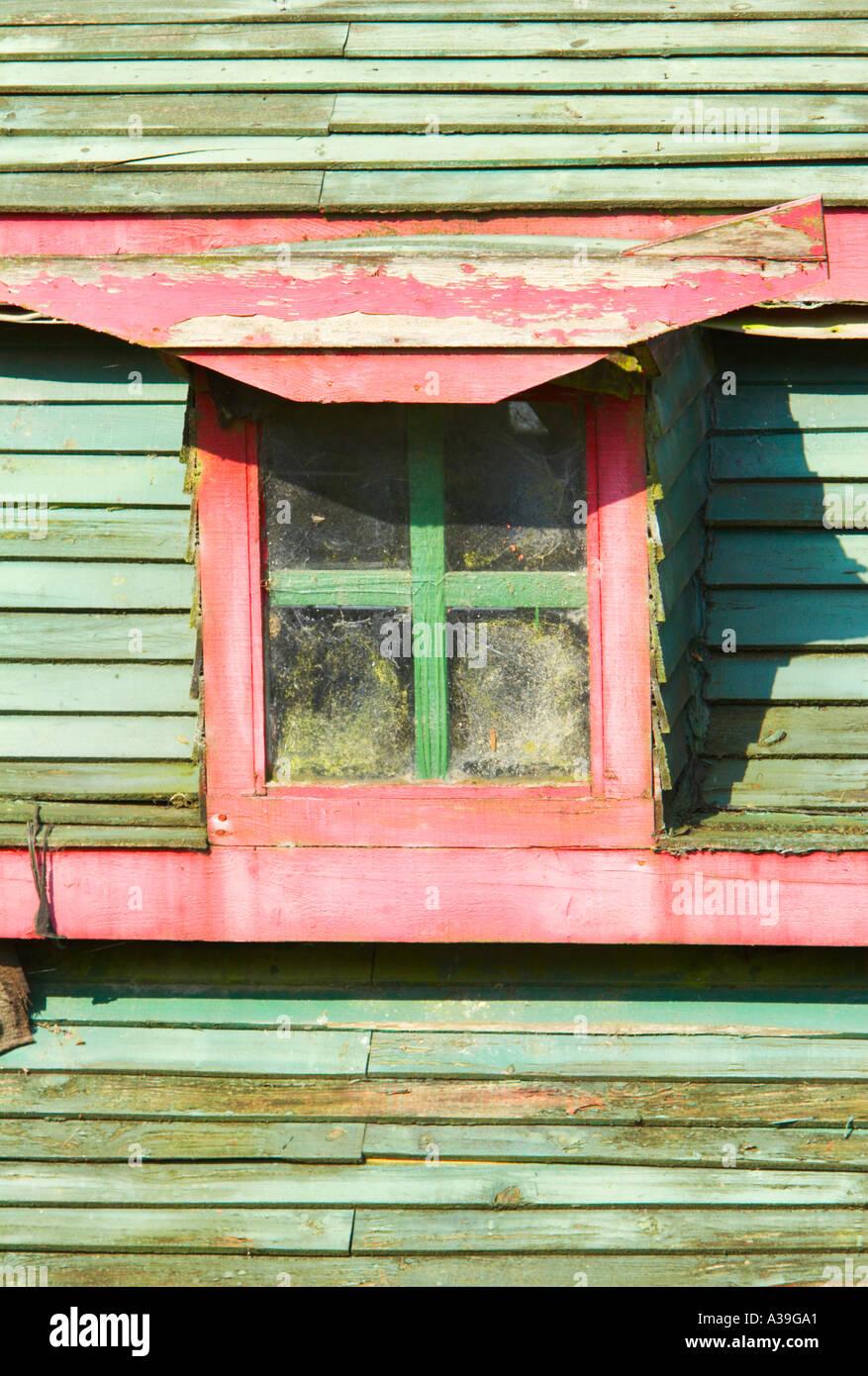 Old shack rotting window - Stock Image