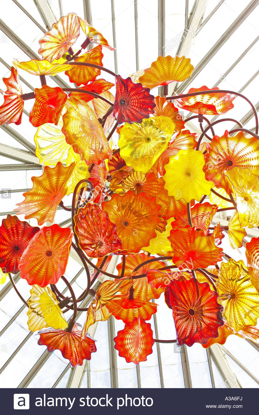 Dale chihuly persian chandelier at the royal botanic gardens kew dale chihuly persian chandelier at the royal botanic gardens kew arubaitofo Choice Image