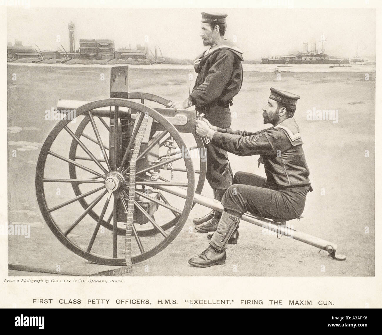 1st Class petty officer h m s Excellent firing heavy maxim machine gun navy naval history 1895 port harbour military weapon roya - Stock Image