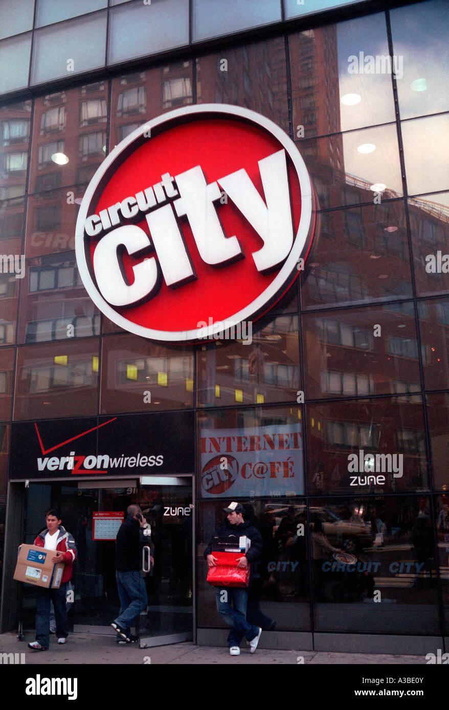 Circuit City Electronics in New York City Stock Photo