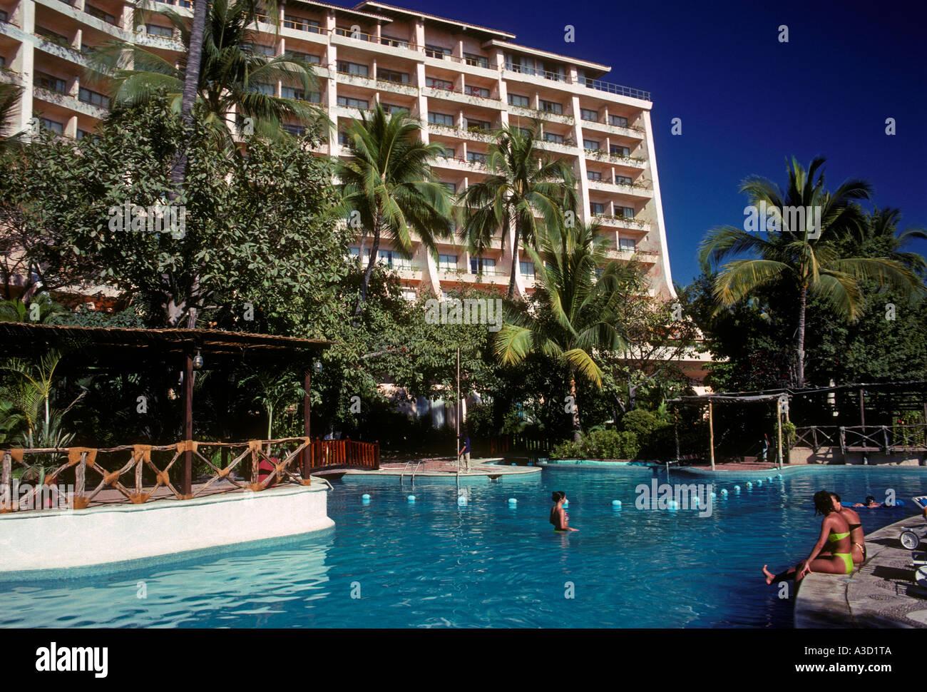 Xalixco stock photos xalixco stock images alamy for What is a freshwater swimming pool