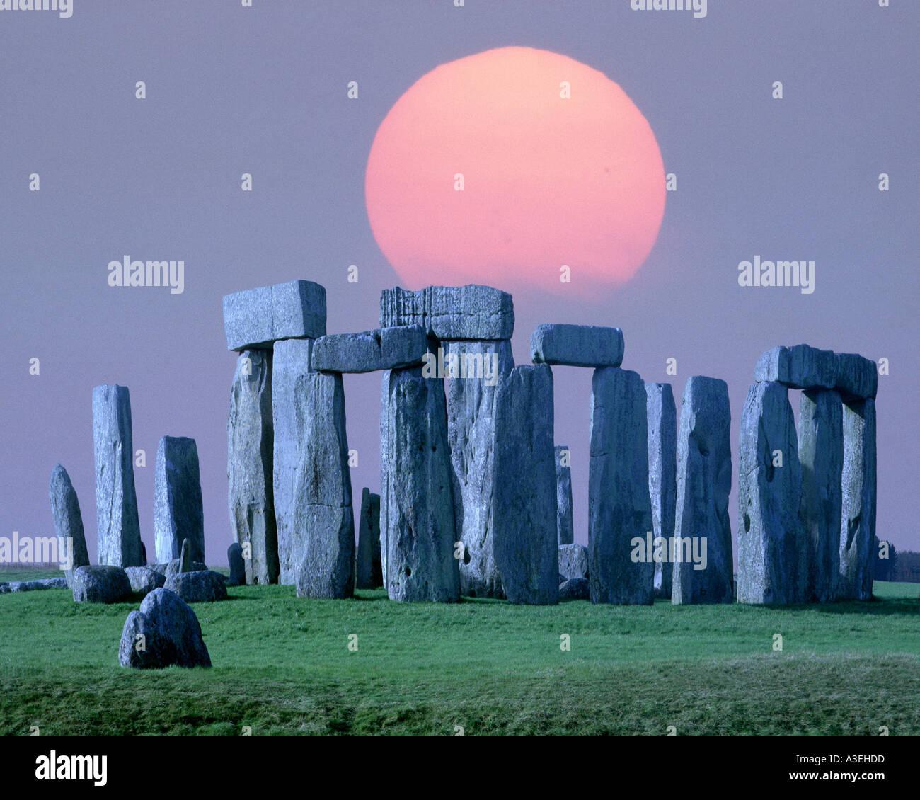 GB - WILTSHIRE: Prehistoric Stonehenge Stock Photo