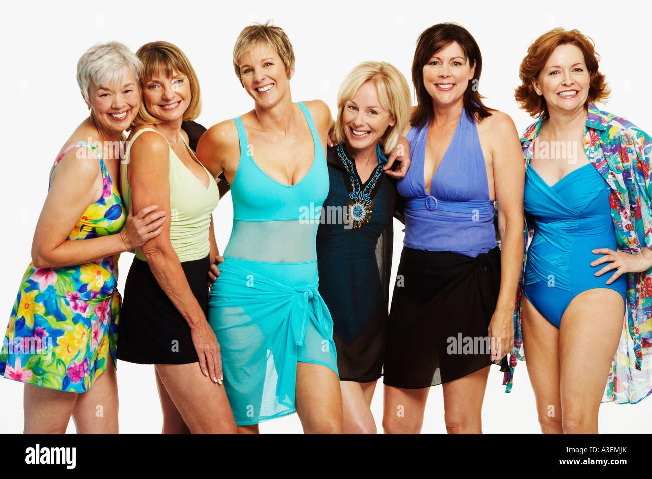 Групповые фото голых взрослых женщин — pic 9