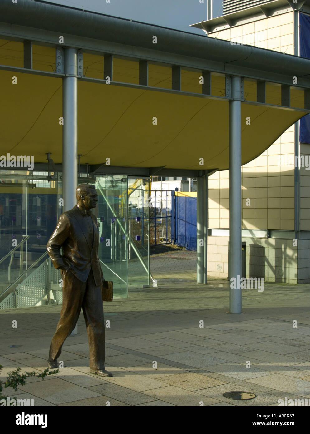 Bristol UK The Bristol Centre At Bristol Bristol Millenium Project statue of Cary Grant - Stock Image