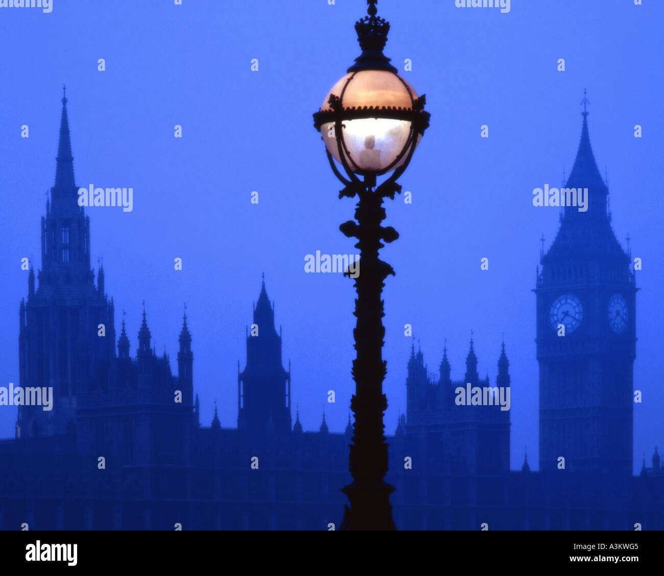 GB - LONDON:  Westminster and Big Ben at night - Stock Image