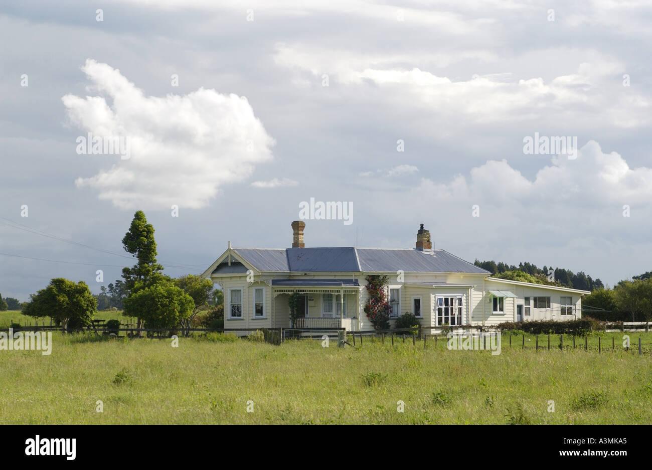 Traditional homestead North Island New Zealand - Stock Image