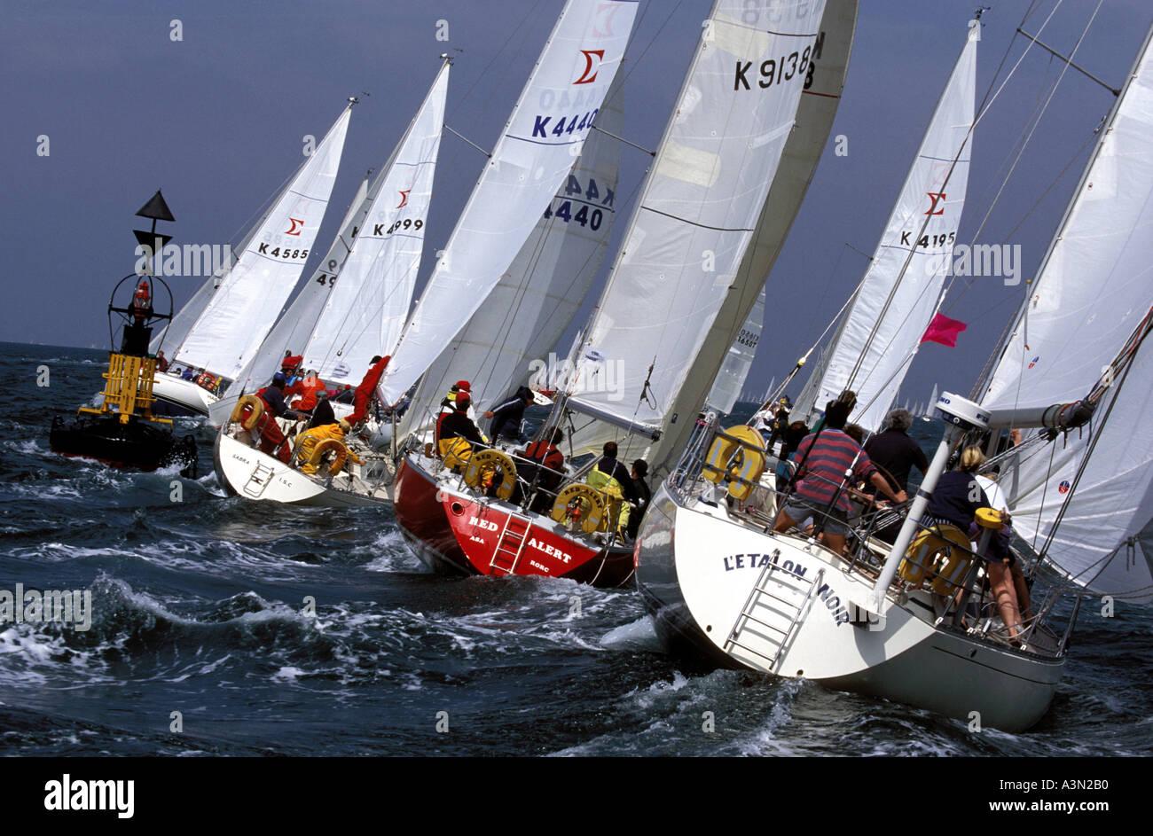 Rounding Bembridge Ledge Round the Island Race 1994 - Stock Image
